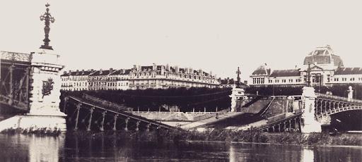 « Tout se meut, s'altère, se décompose et se recompose ». Lyon durant la Seconde guerre mondiale : destructions et les reconstructions